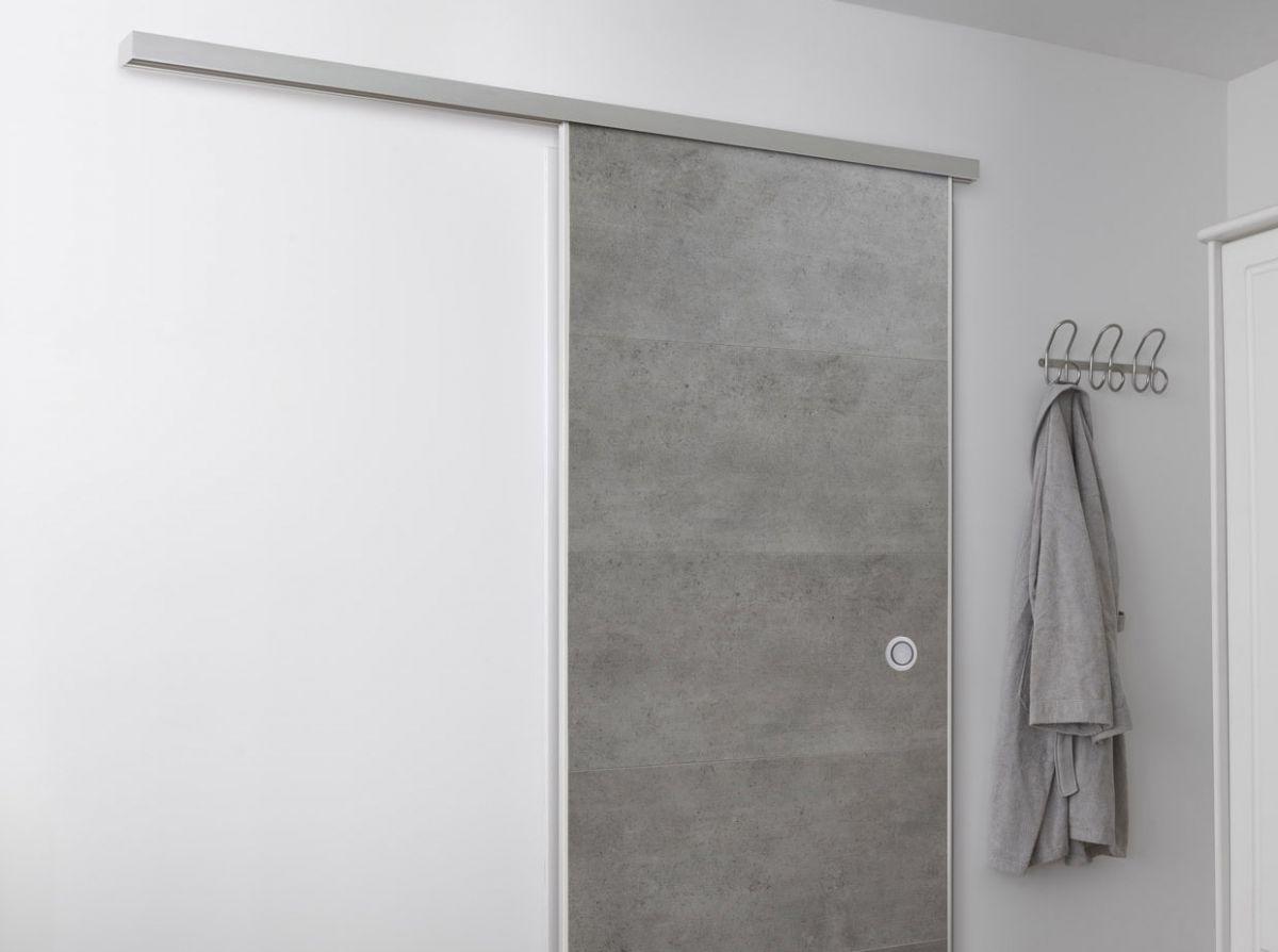 Una porta scorrevole che vi garantisce una grande semplicità di