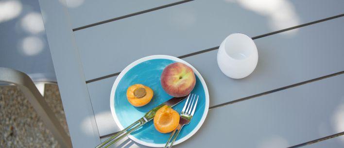 Tavoli E Sedie Da Esterno In Alluminio.Tavolo E Sedie Da Pranzo Per Giardino Sunset Alluminio Grosfillex