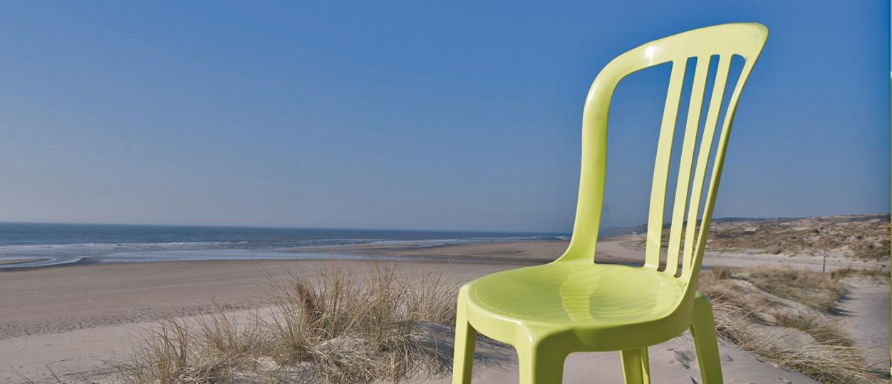 Intemporelle, la chaise bistrot reste une référence incontournable ! b792854805cf